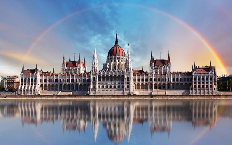 hungarian-parliament-building_study_in_europe